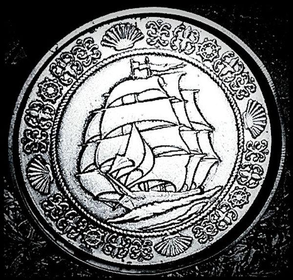 Old Tins Nautical Old Sailing Ships Sailing Ship Sailing Away Metal Tins Collectable Metaltin Collectors Item Tall Ships Art Metaltins Oldtins Old But Awesome Tin Metal Tin Collectables Old Tin Oldtin Tins Old Collectable Items Metal Art ArtWork Metal