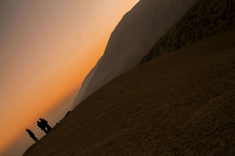 caer en la arena / fall into the sand Beauty In Nature Day Landscape Low Angle View Mountain Nature One Person Outdoors Physical Geography Real People Scenics Silhouette Sunset Tranquil Scene Tranquility Travel Destinations