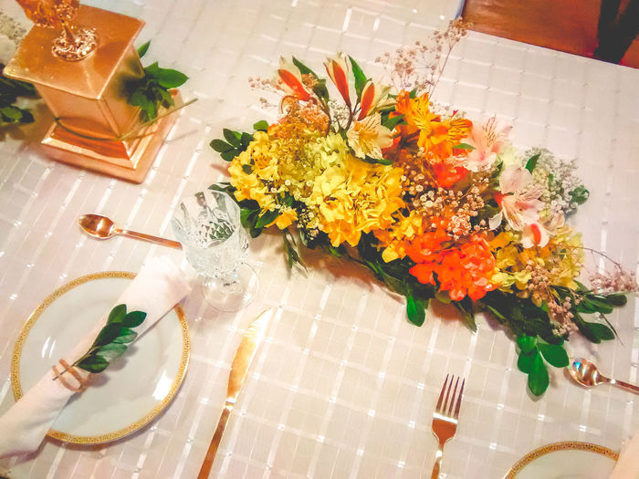 Dinner Exceptional Photographs EyeEm Best Shots Photoshoot Bouquet Close-up Eye4photography  Flower Freshness High Angle View Indoors  No People Photography Special Table Tablecloth