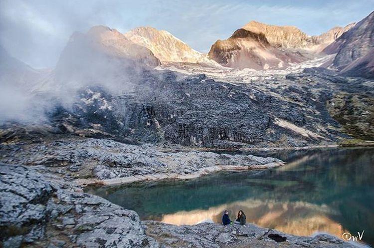 A lake Lapaz Bolivia CordilleradeLosAndes Cordillera Quimsacruz TresCruces Naturelovers Nature Landscape_lovers Landscape ThisisBolivia