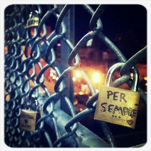 Night Streetphotography Love Per Sempre
