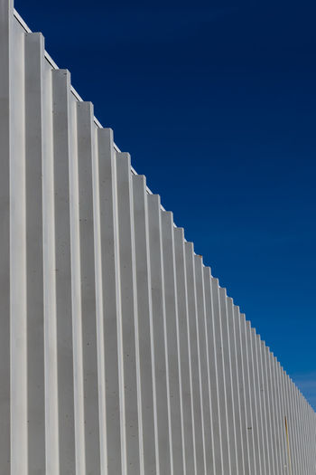 Architecture Built Structure Pattern No People Low Angle View Day Nature In A Row Repetition Building Exterior Blue Sky Building Outdoors Metal Sunlight Wall - Building Feature Copy Space White Color Silver Colored Minimalism Backgrounds My Best Photo