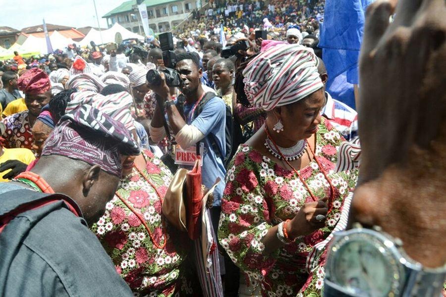 Capture the moment Taking Photos Streetphotography Carnival Streetview AshMedia DayoAshiruPhotography ILoveMyCity Ijebuode NikonD3100 Eyeem Nigeria Ojudeoba Love It