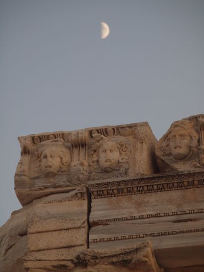Türkei -Side Art And Craft Low Angle View No People Architecture Outdoors Built Structure Sculpture Clear Sky Building Exterior Day Sky Statue Antique Temple Sculptures Appollon Greekmythology Moon Moon Rising