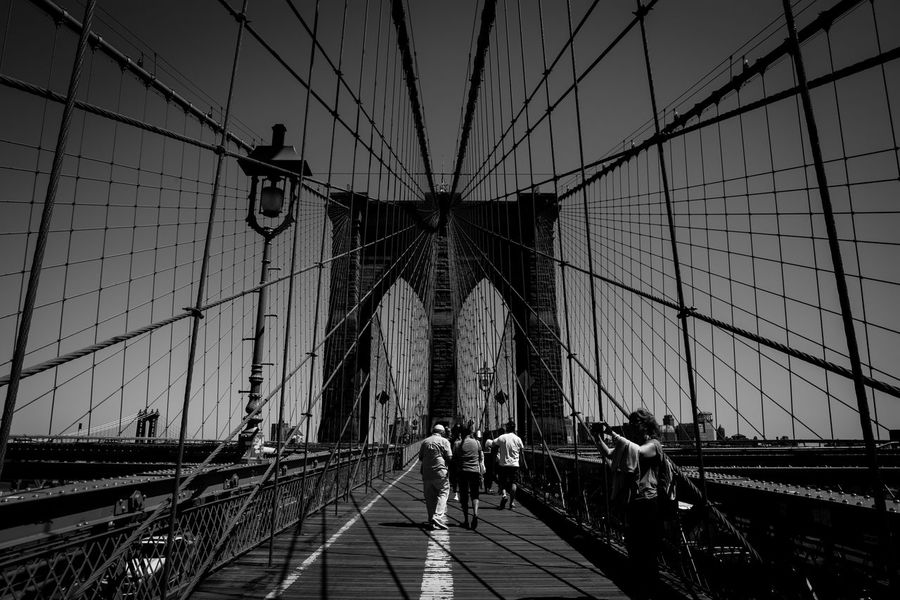 Come linee convergenti Altro, Oltre Architecture Black And White Blackandwhite Brooklyn Brooklyn Bridge / New York Bw_collection Bw_lover Connection EyeEm EyeEm Best Shots EyeEm Gallery Feel The Journey Getting Inspired Mllml Playing With Thoughts Traveling New York City New York EyeEm Best Shots - Black + White Lines EyeEmBestPics EyeEm Bnw Architecture_collection Eye4photography