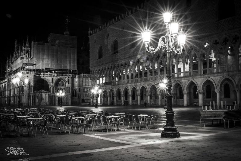 Venice Venice, Italy Venezia Piazza San Marco Dino Cristino B&w Black&white Blackandwhite Biancoenero Nikonphoto Fotografia Notturna Street Photography Street Photo Street Street Art Streetphoto_bw Scatti Di Notte Scatti Notturni