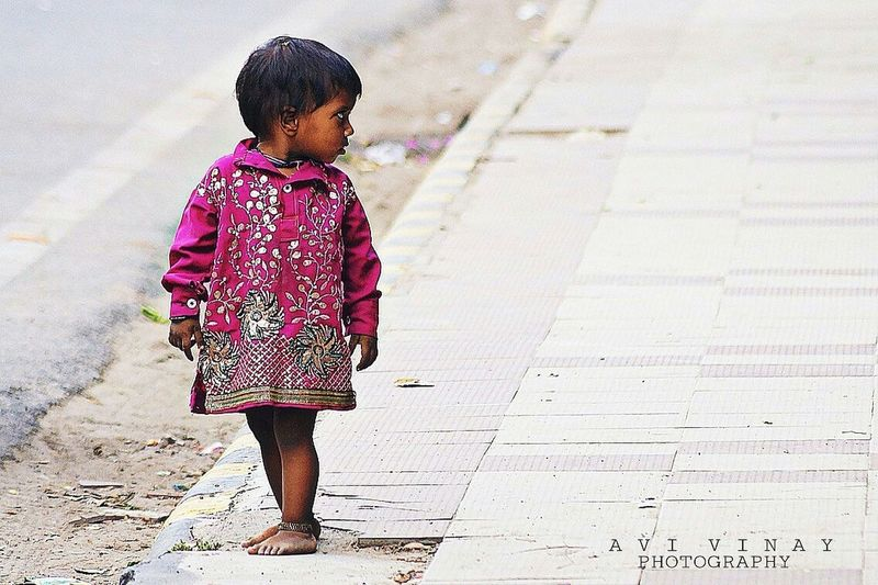 Beautiful Cute Girl Child Streetphotography Gurgaonstreet Streetofindia SonyAlpha58 Photooftheday Photography Artencounters