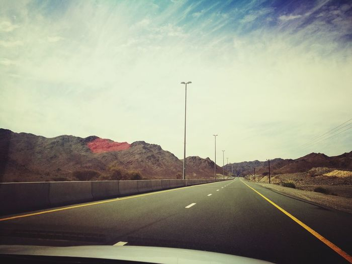 Road The Way Forward Highway Car No People Sky Mountain Nature Outdoors Day HuaweiP9 TimepassPhotography Mobilephotography Huaweiphotography Huawei P9 Leica Loveforphotography Mountain Landscape Mountains And Valleys Mountainscape Happiness♥ Beauty In Nature Scenics Nature Mountainview Mountain Top