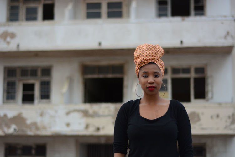 Head wrap African Architecture Building Exterior Built Structure Close-up Day Focus On Foreground Front View Headwrap  Lifestyles One Person Outdoors Portrait Real People Smiling Young Adult Young Women