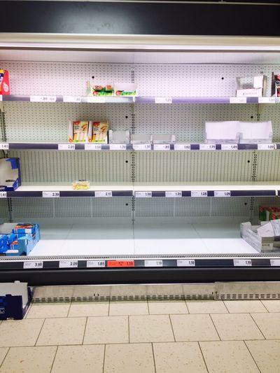 Rupture Indoors  No People Day Supermarket