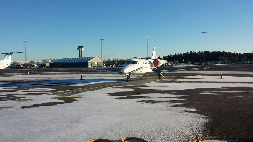 Starting A Trip Catching A Flight Plane Airport Winter Is Coming Landvetter Airport