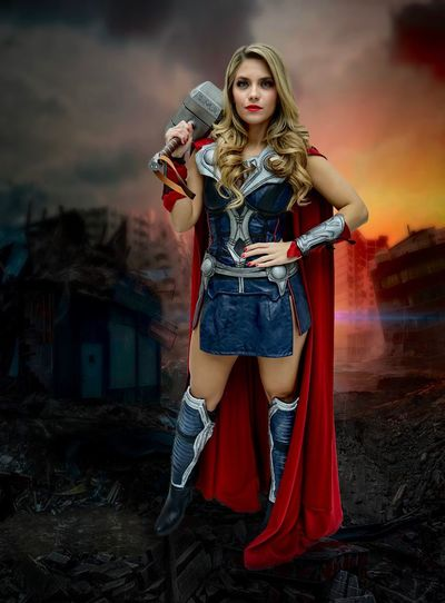 Thor Cosplaygirl Cosplayer Cosplay Katsucon Thor  Fashion Portrait One Person Beautiful Woman Young Adult Fashion Model Beauty Full Length Looking At Camera Beautiful People Young Women