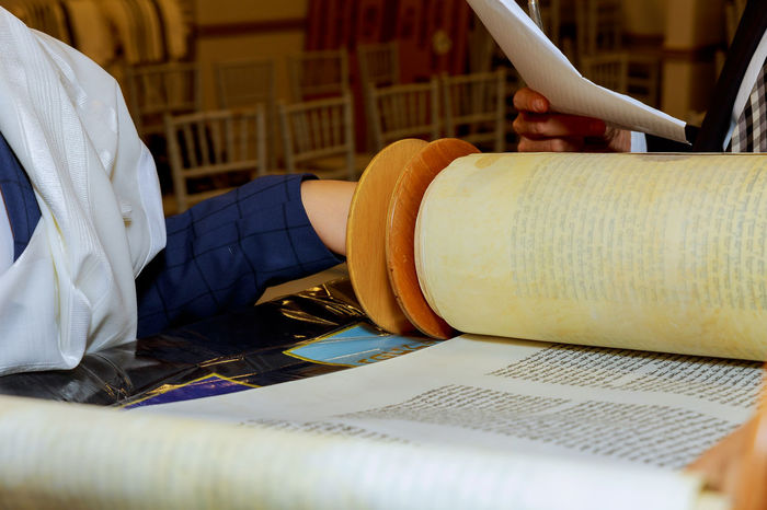 reading torah, bar mitzva Jewish man dressed in ritual clothing family man mitzvah jerusalem Classical Torah Holiday Jewish Mitzvah Papyrus Pray Rabbi Reading Talith Testament Torah Reading Torah Scrolls Bar-mitzvah Barmitzvah Bible Hasidim Holy Text Judaism Kabbalah Manuscript Rolling Scroll Scrolls Synagogue Temple