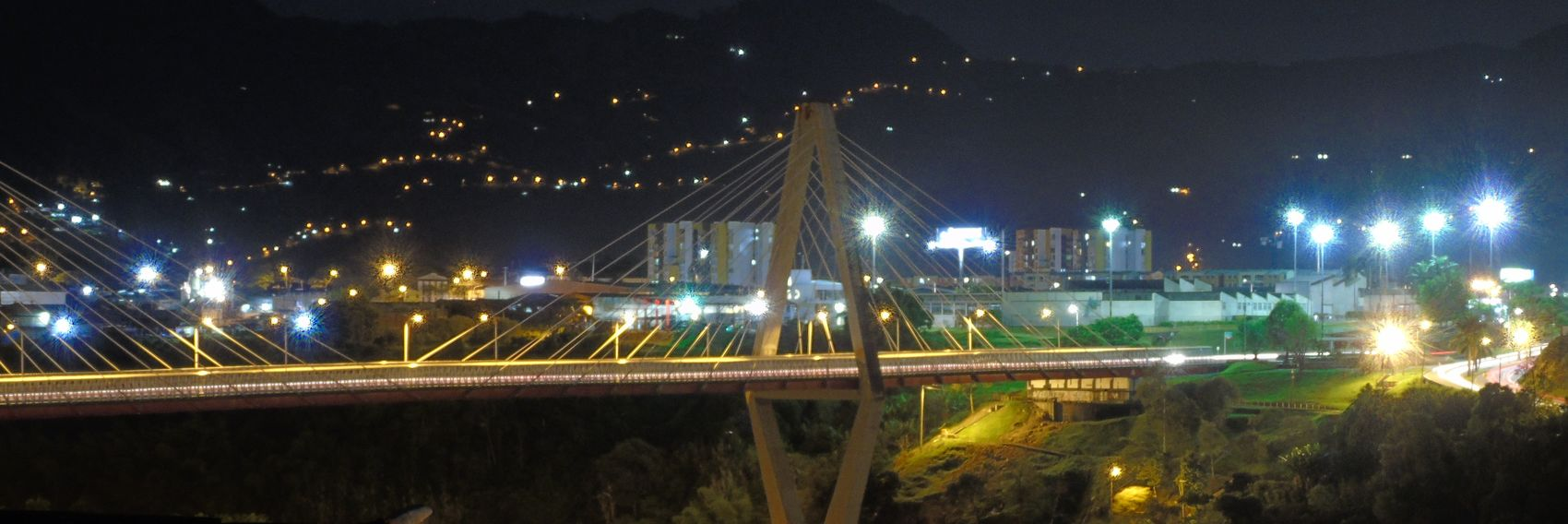 Viaducto César Gaviria Trujillo, Pereira, Risaralda, Colombia Bridge City Life Colombia DSC H400 Engineering Illuminated Night Outdoors Pereira Remote Risaralda Sky