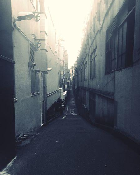 Shinbashi Tokyo B&w Alley Pmg_tok