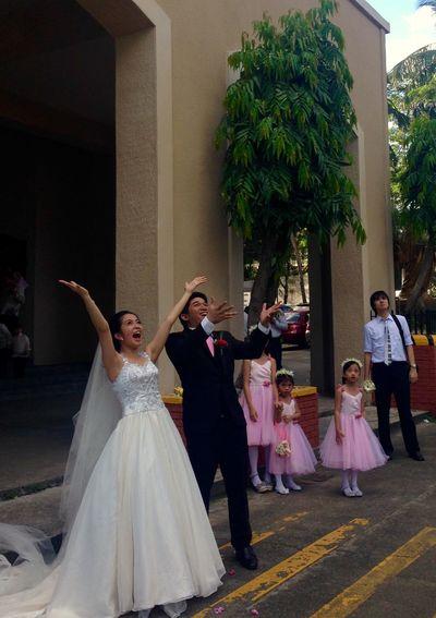 Weddings Around The World Wedding Wedding Photography Mobilephotography Couple Just Married