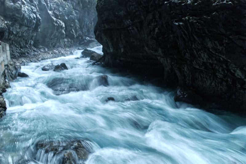 Wasser Motion