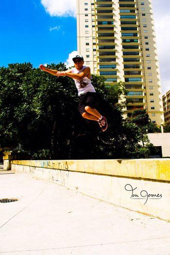 Estripulia em SP ? Jump Jump! IDontWannaGrowUp Music