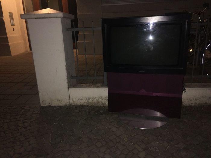 Tv Tele Vision Crap Publicviewing