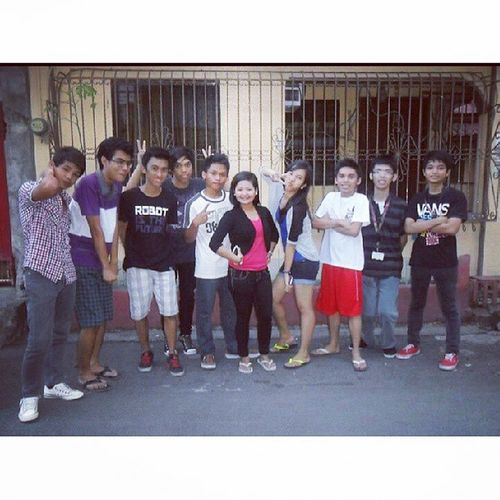 Sila ang mga nakasama ko last 18th birthday ko. March 22,2013 :) your future engineers haha Throwback Engineers Uphsd Philippines