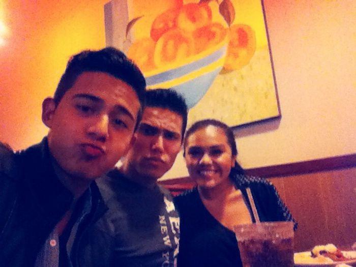 Friends Cena Selfie ✌ :')