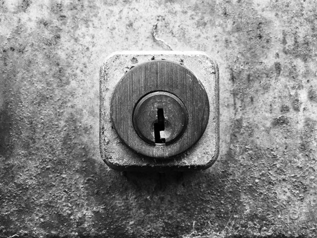 Blackandwhite B&w Trying New Things Lock Rusty Metal Close-up Old Door Closed Getting Inspired Getting Creative Blackandwhite Photography Black And White Bw_collection Mobilephotography