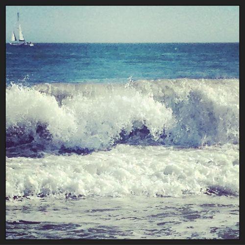 surf Waves Crashing Ocean View Being A Beach Bum Enjoying The Sun Surfing