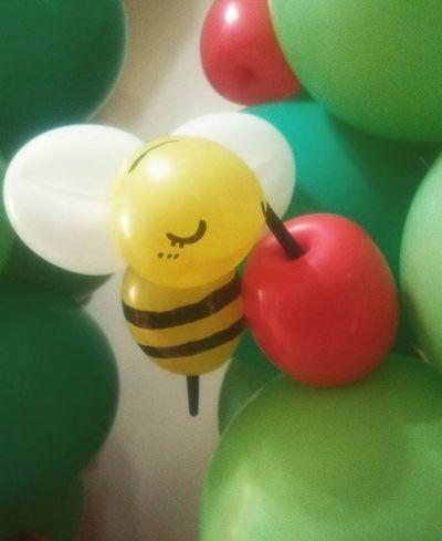 ハチ とりんご Like4like バルーンアート バルーンコラム バルーン Balloon Balloonart Ballooncolumn Column コラム 柱 蜂 Bee Apple Tree 木 かわいい Cute Love Happy お気に入り Myworks Instalike Japan