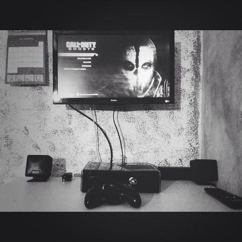 Xbox 360 COD Playing