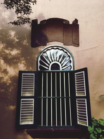 Morning EyeEm Selects Window Frame Meseum Tourist Destination Culture And Tradition Tjongafiemansion Morning Light Architecture Window Built Structure Building Exterior Low Angle View Outdoors No People Tree