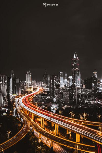 Night Sky 长曝光 城市 夜晚 城市摄影 上海 上海印象 艺术 爬楼 摄影作品 摄影 线条,建筑,地铁站,简 黑色 金色 黑金 First Eyeem Photo