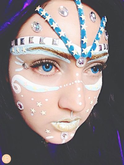 📥☁️999☁️📥calling🦋✨ Laviniafenton Message Hologram Make-up Multi Colored Close-up Portrait 999 Life Angel EyeEm Gallery Makeup Finding New Frontiers Whismical Uniqueness