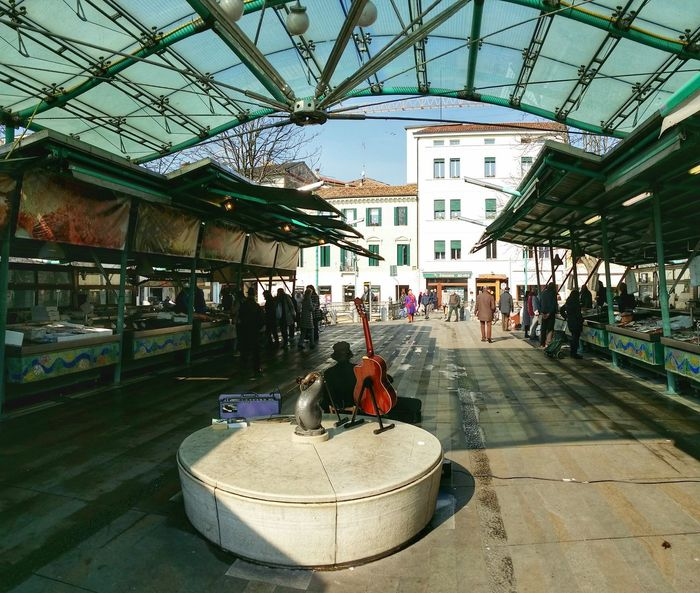 Showcase March Treviso Italy Fish Market Travel Photography Travel Traveling Mobile Photography Art Fineart Panoramic Views Architecture Mobile Editing Learn & Shoot: Balancing Elements