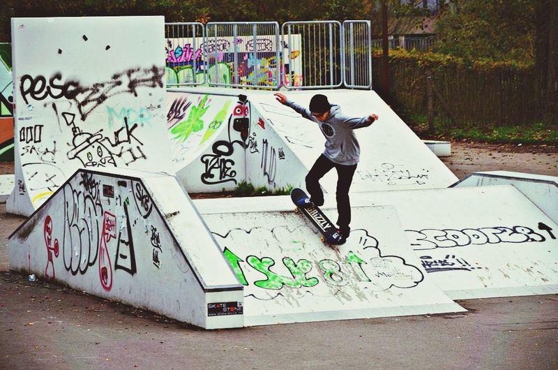 Skateboarding Sweetsktb DC Shoes Graffiti Skater Boy Grizzly Rockanroll Nixon
