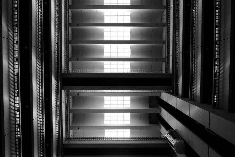 Building Office Building Black And White Monochrome Fujifilm Natural Light Lines Ceiling Above Architecture Built Structure Architecture And Art Ceiling Light  Architectural Detail Architectural Feature Architectural Design Ceiling Light