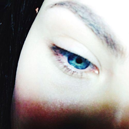 Глазки -бездна