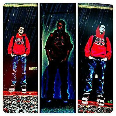 Chillen In Da Rain