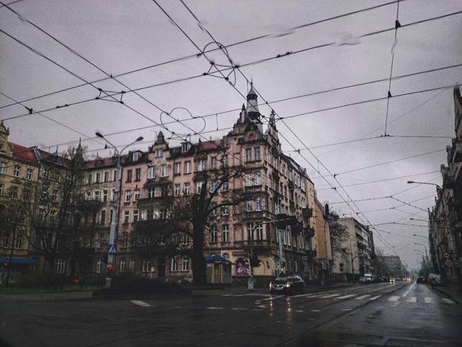 ☔☔☔ Wrocław Breslau Igerswroclaw Wroclawskiekamienice Kamienica Deszcz Deszczowo Wiosna Ulica Sienkiewiczastreet Tenementhouse Rain RainyDay Spring Street