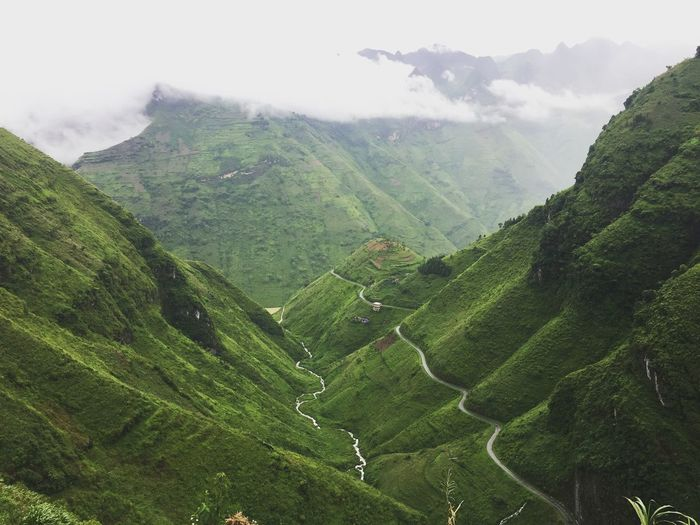 Hagiang vietnam mountain road