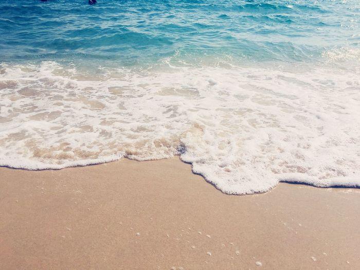 飛沫 海 ビーチ 青空 空 白 砂浜 Land Beach Water Sea Sand Beauty In Nature Nature Tranquility No People Day Motion Aquatic Sport Idyllic Sunlight Tranquil Scene Outdoors EyeEmNewHere