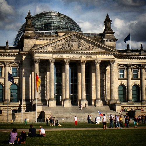 Reichstag Demdeutschenvolke Berlin Architecture tripholidayslikeyolocooltouristperfect