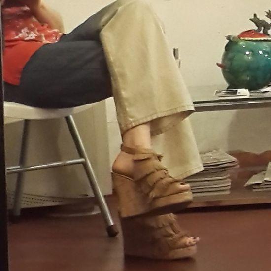 Tarde de lectura Shoeselfie Loveshoes Flecos Zapatos Fashion Forever