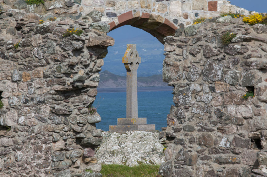Anglesey Architecture Beauty In Nature Built Structure Celtic Celtic Cross Coast Cross Island Llanddwyn Island Nature Outdoors Religious Architecture Ruins Ruins Architecture Stone Stone - Object Stone Material The Past Tourism Tranquil Scene Tranquility Travel Destinations Wales
