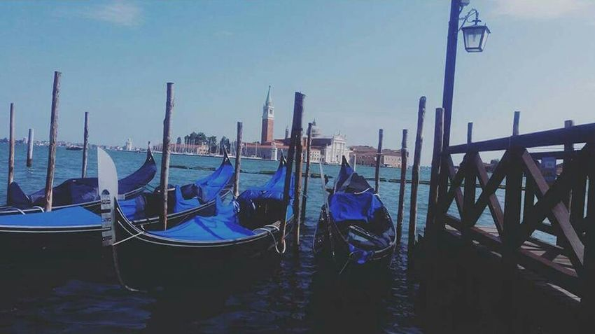 Venice. The place where beauty and love becomes magic. Taking Photos Check This Out Hello World Relaxing Enjoying Life Colour Of Life