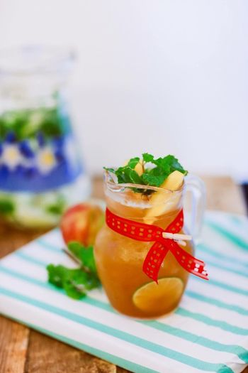 Liquid Lunch Showcase: February Summer Drink Summer Tea Ice Tea Peach Tea Drink Beverage Product Photography Beveragephotography Thirsty