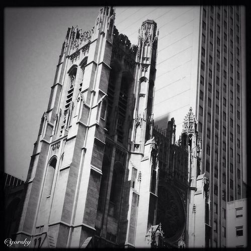 Hipstamatic Architecture Manhattan Shootermag