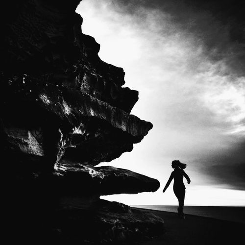 'Between a rock and a hard place' South Bondi, Sydney, Australia Sydney Blackandwhite NEM Black&white Black And White Streetphotography Shootermag Streetphoto_bw Light And Shadow NEM Street Grryo Welcome To Black