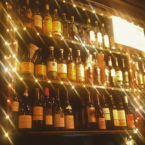 Whiskey Wine Tighneachtains Galway irishpub ireland Christmas pub