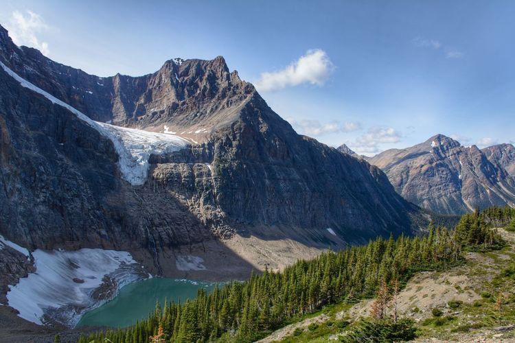 Edith cavell mountain, jasper national park, ab, canada