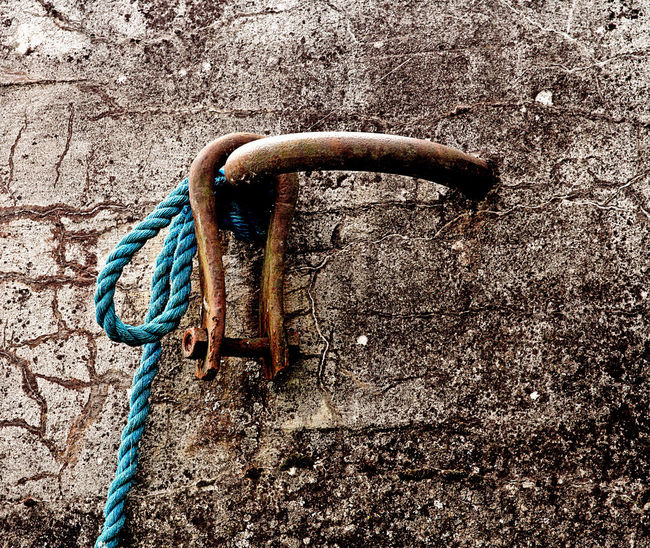 Belayer Close-up Hanging Out Lost Places Metal Mooring Rope Rusty Shadow